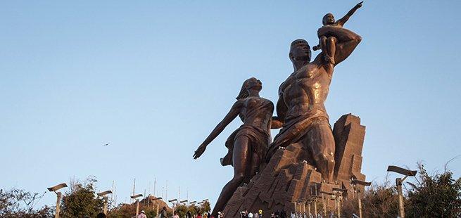 dakar monumento del rinascimento tour senegal